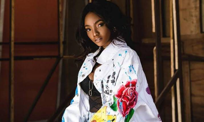 Simi reacts after fan told her that she's supposed to be singing in Heaven