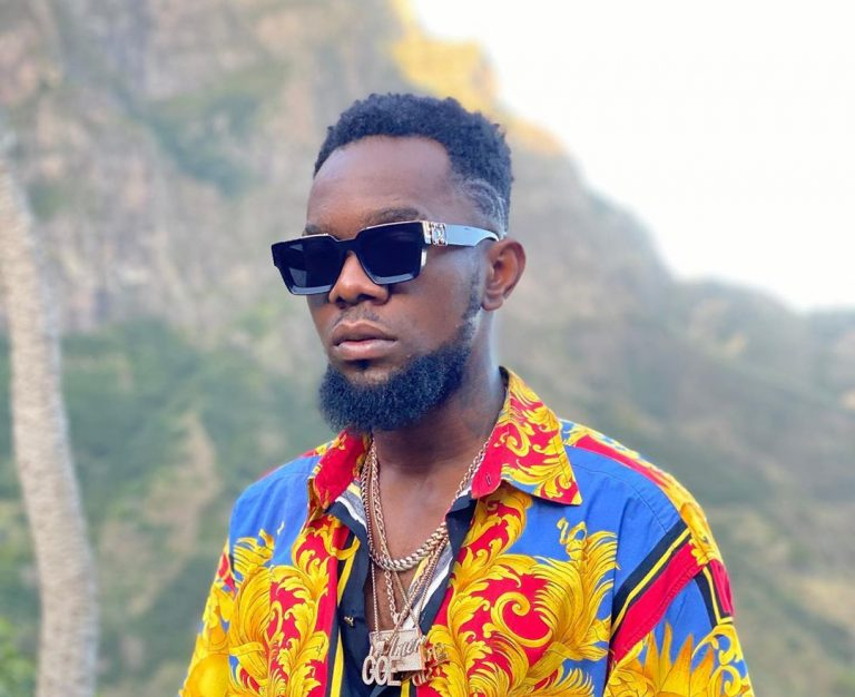Patoranking Gifts His Sister And Her Hubby A Car At Their Wedding (Video)