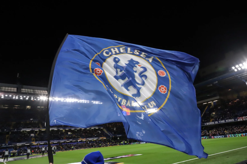 Chelsea to sell 10 players